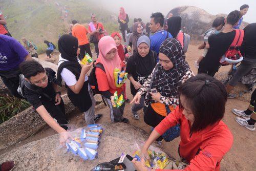 Sharing Smile Bersama Mamee di Bukit Broga
