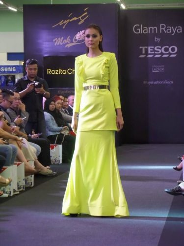 Glam Raya di Tesco