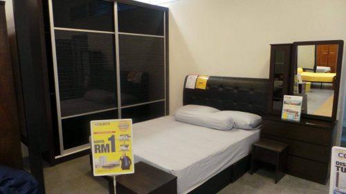 Image Dari Harga Rm999 Yang Ini Adalah Koleksi Terbaru Set Bilik Tidur Courts