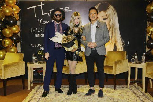 "Jessie Chung Melancarkan Album Pertama Beliau ""There You Are"""