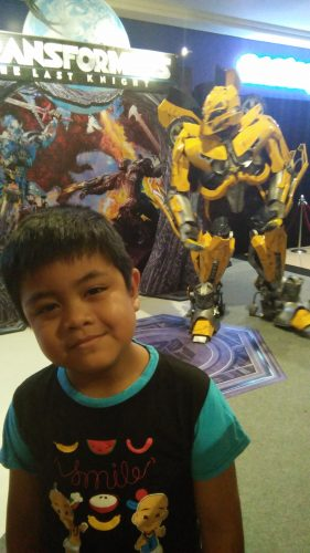 "Transformers Mania Hits At Midnight Maddness; Toys ""R"" Us-Mid Valley Megamall"